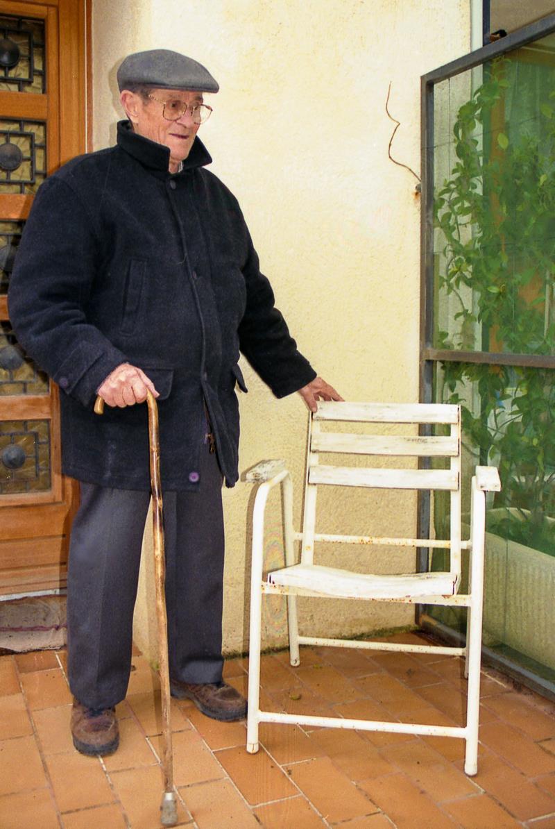 """Charles TORDO et la première Chaise """"Bleue"""""""