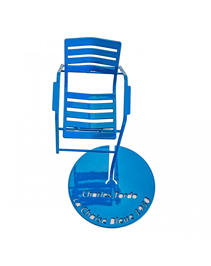 Blue chair in suspension (top view)
