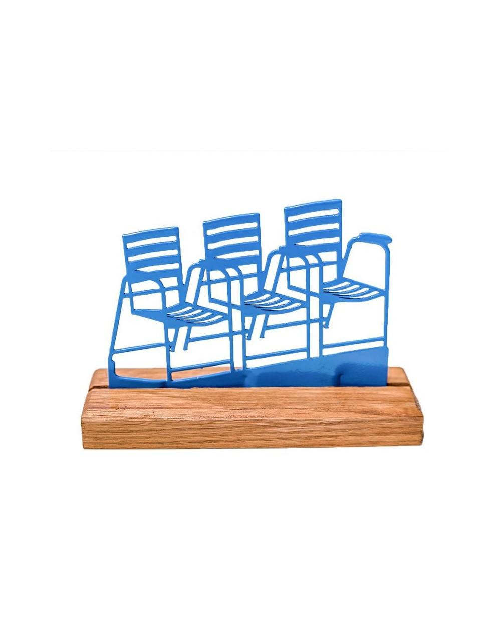 3 Chaises Bleues sur socle en bois (série limitée)