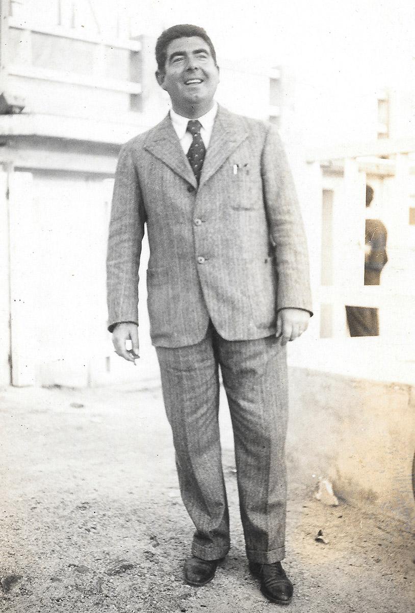 Jacques Ballanger 1932 - Concessionnaire des Chaises Bleues