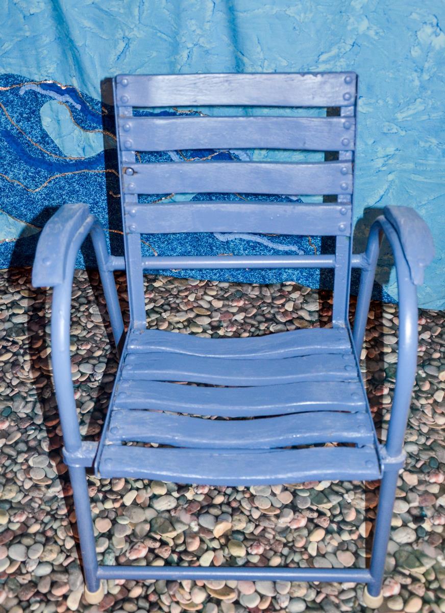 """La première Chaise """"Bleue"""" de Charles TORDO, modèle de 1950;"""
